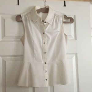 Tahari white button down sleeveless top. XS.